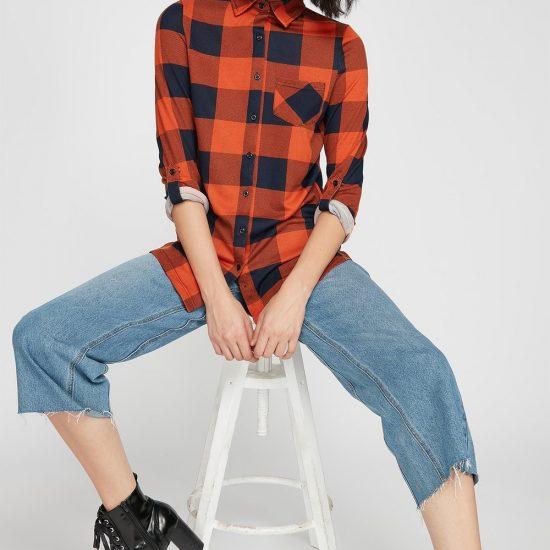 women plaid button-up blouse