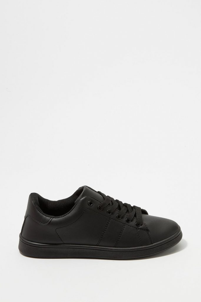 lace-up tonal sneaker