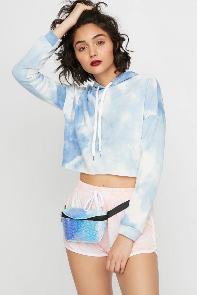 tie-dye cropped drawstring hoodie