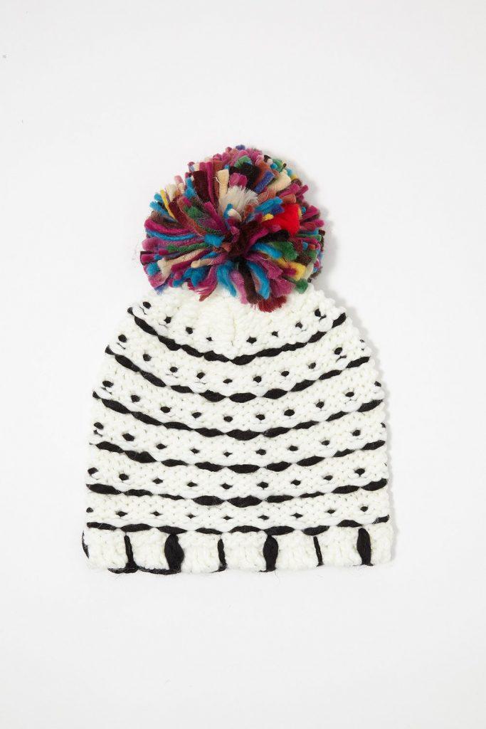 chunky knit pom pom beanie