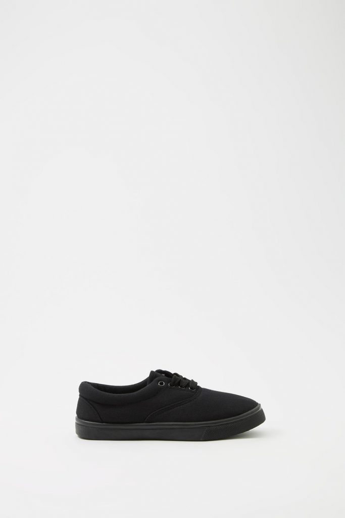 boys lace up sneaker
