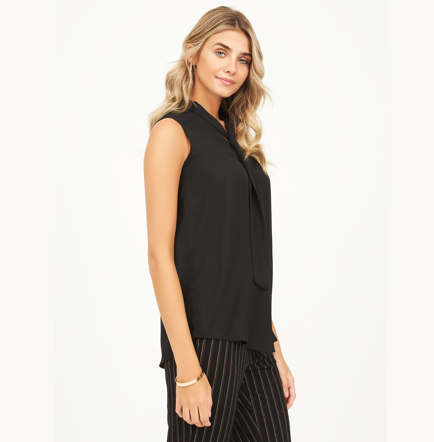 chiffon-blouse-with-neck-tie